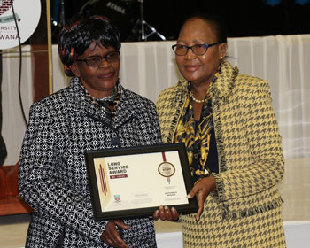 UB staff receive long service awards